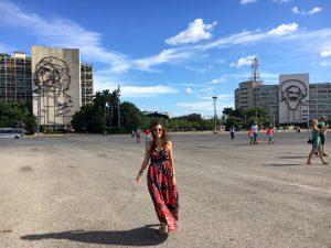 En este blog encontrarás lo que necesitas para tus viajes La Habana Cuba. Paseo por la Plaza de la Revolución